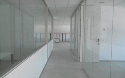Rehabilitación de nave para oficinas en Derio. Bizkaia.